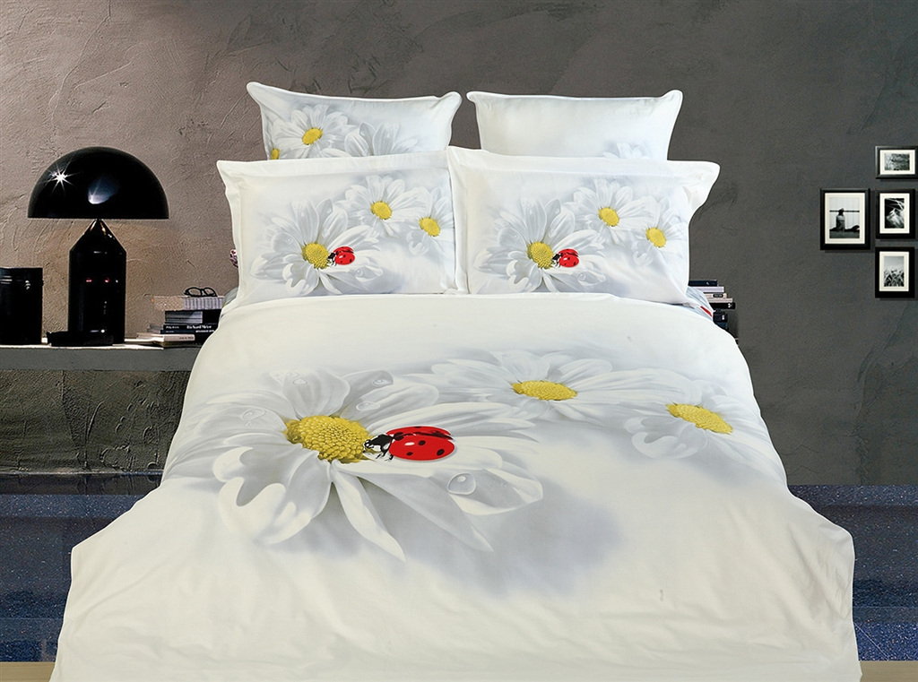 Dolce Mela Girls Luxury Modern Queen Bedding Duvet Cover Set