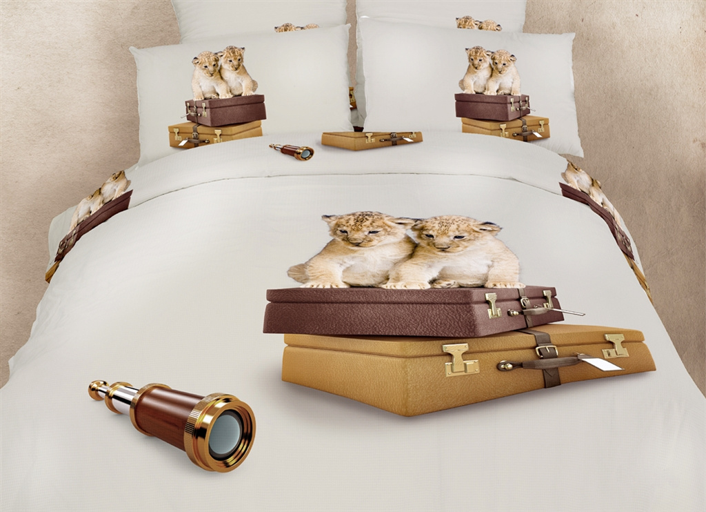 Dolce Mela Queen Bedding Fun Print Design Duvet Cover Set