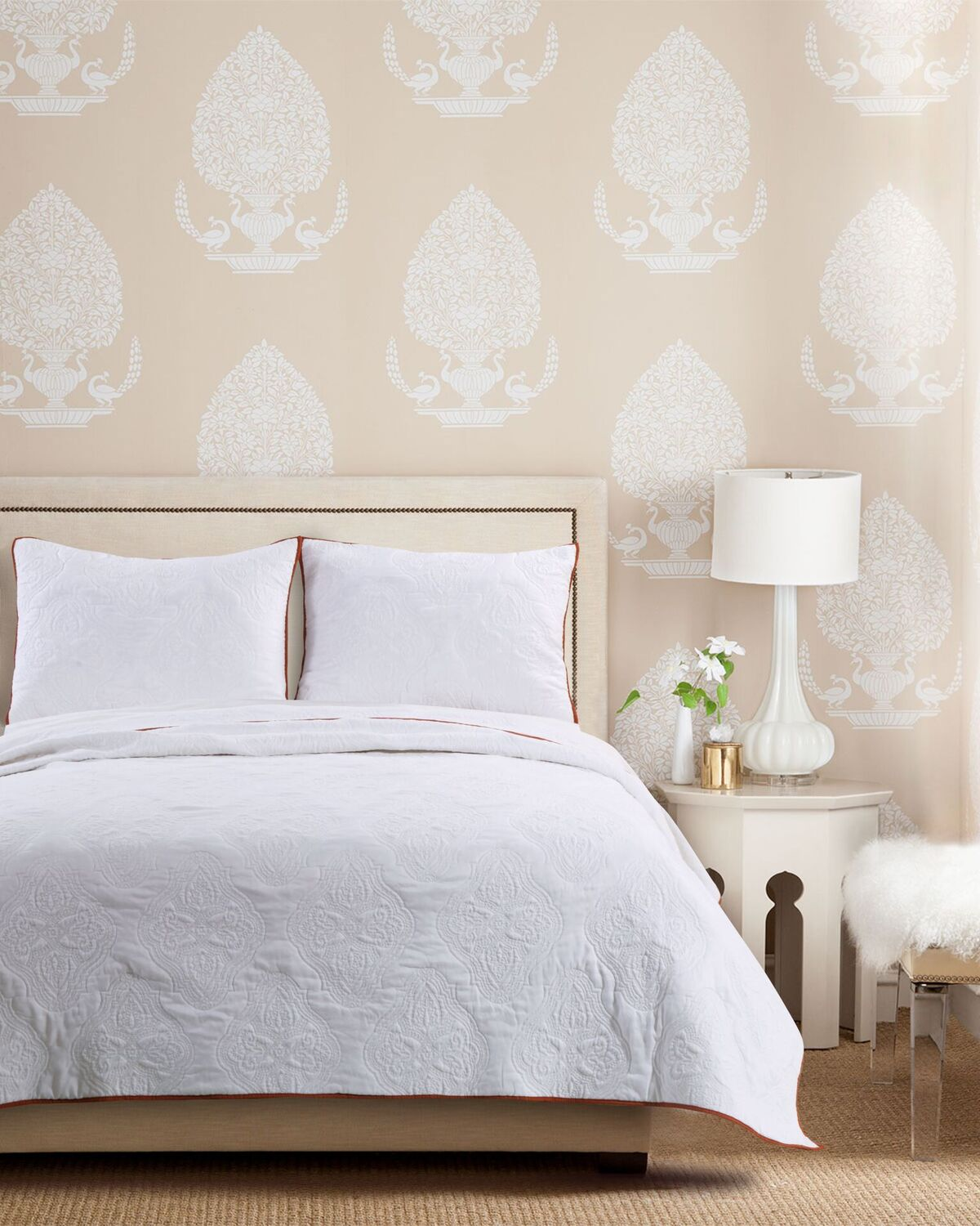 Cameo Whisper White Quilt Set, 3-Piece King