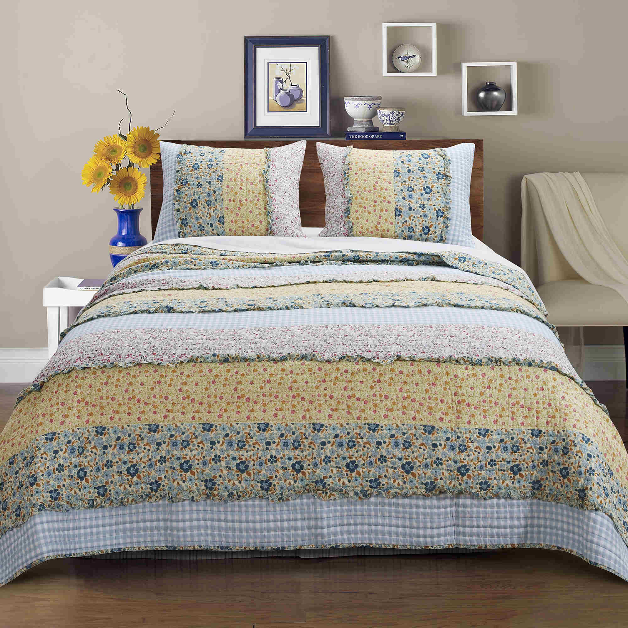Ditsy Ruffle Multi Quilt Set, 3-piece King