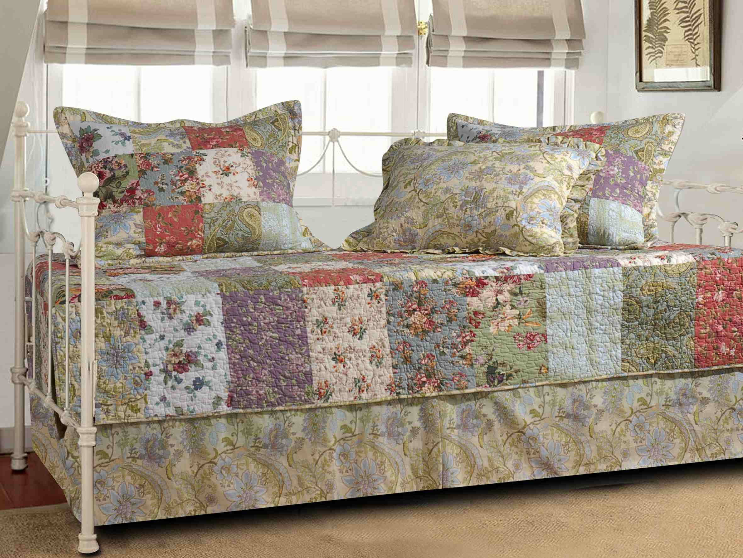 Blooming Prairie Multi Daybed Set, 5-piece Daybed