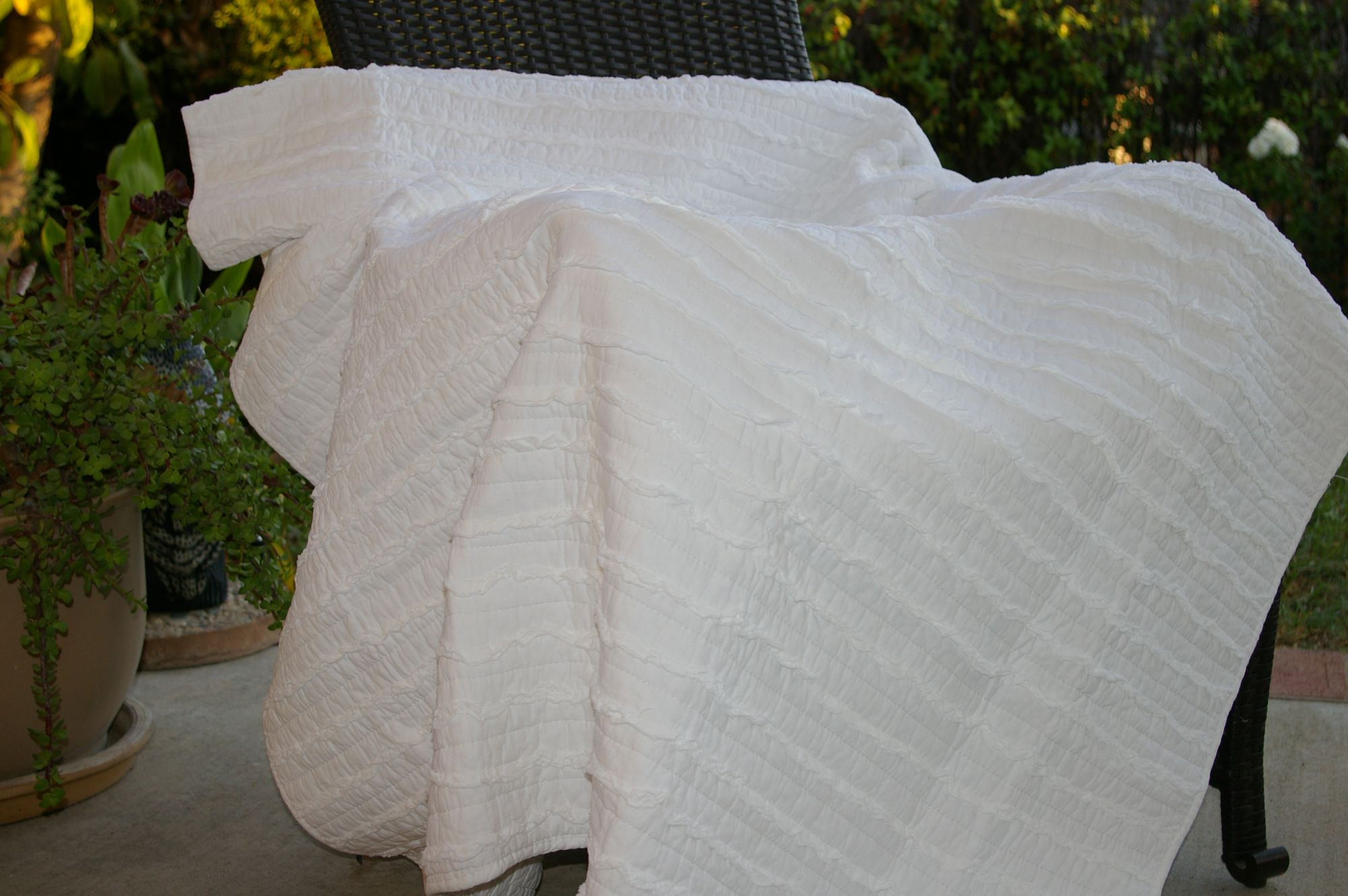Ruffled White Accessory Throw