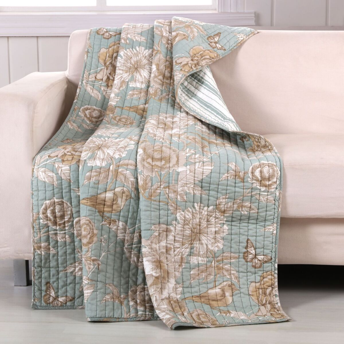 Naomi Spa Accessory Throw
