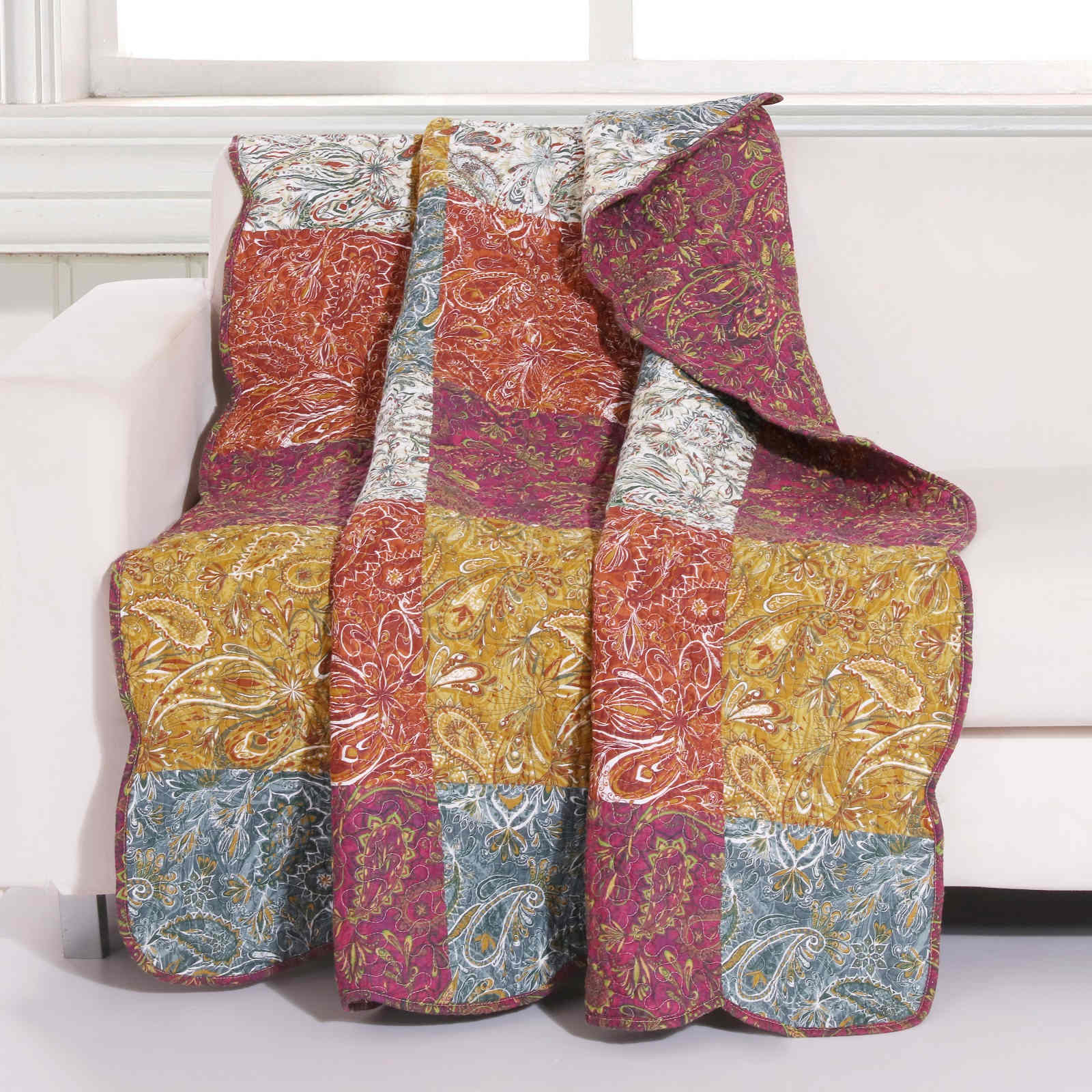 Paisley Slumber Spice Accessory Throw